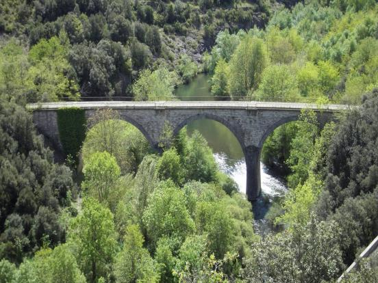 Viaduc et rivière