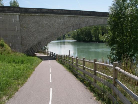 Pont d'Evieu