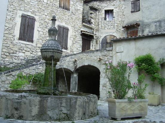 Fontaine de Sigonce