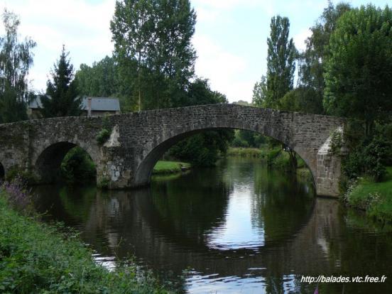 Le Pont de Pierre
