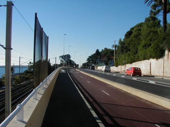 La littorale à Cannes (en attendant une nouvelle fiche)