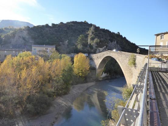 Nyons le pont romain