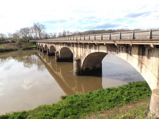 Pont D817