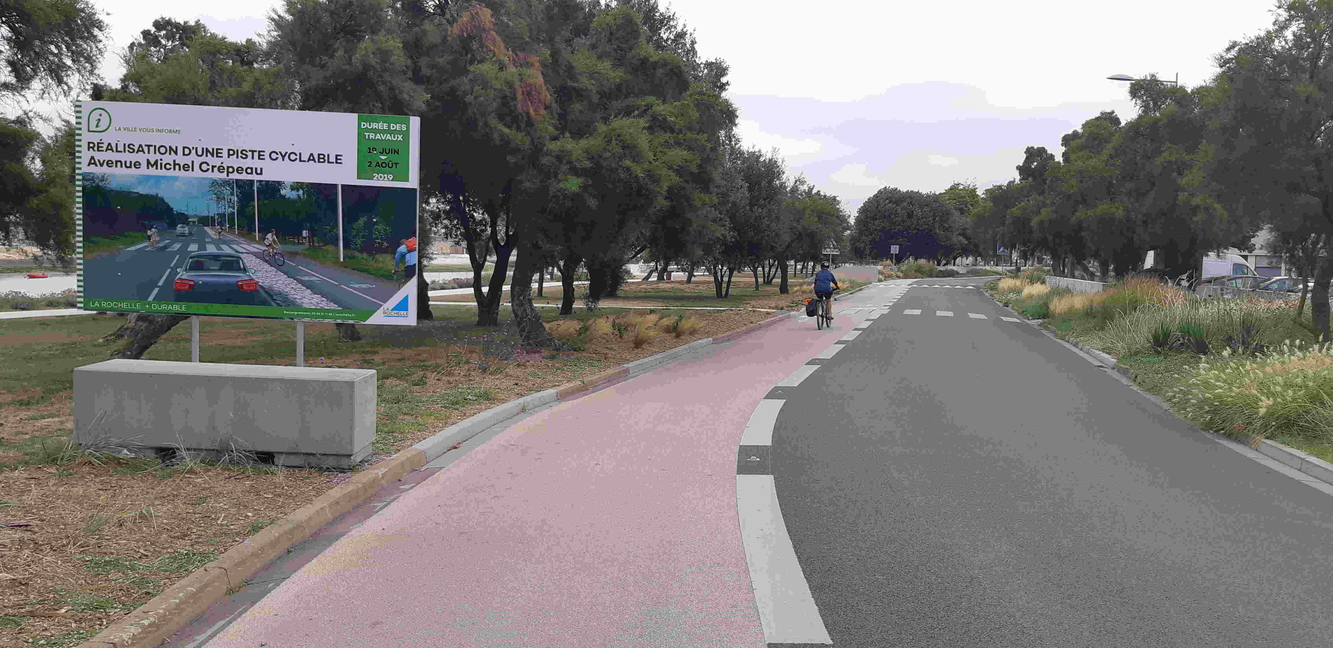Bande cyclable Michel Crépeau