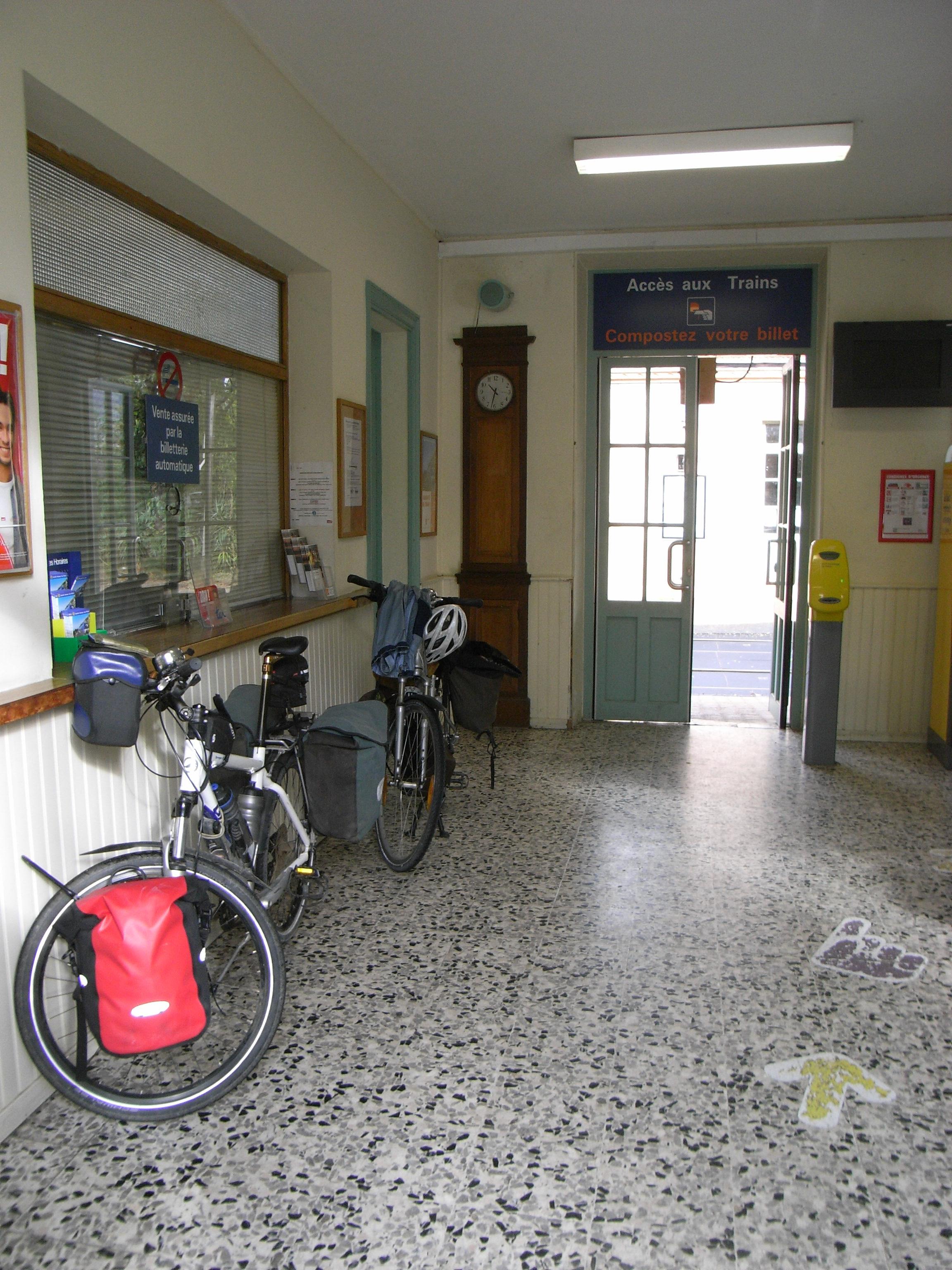 Meyrargues (gare)