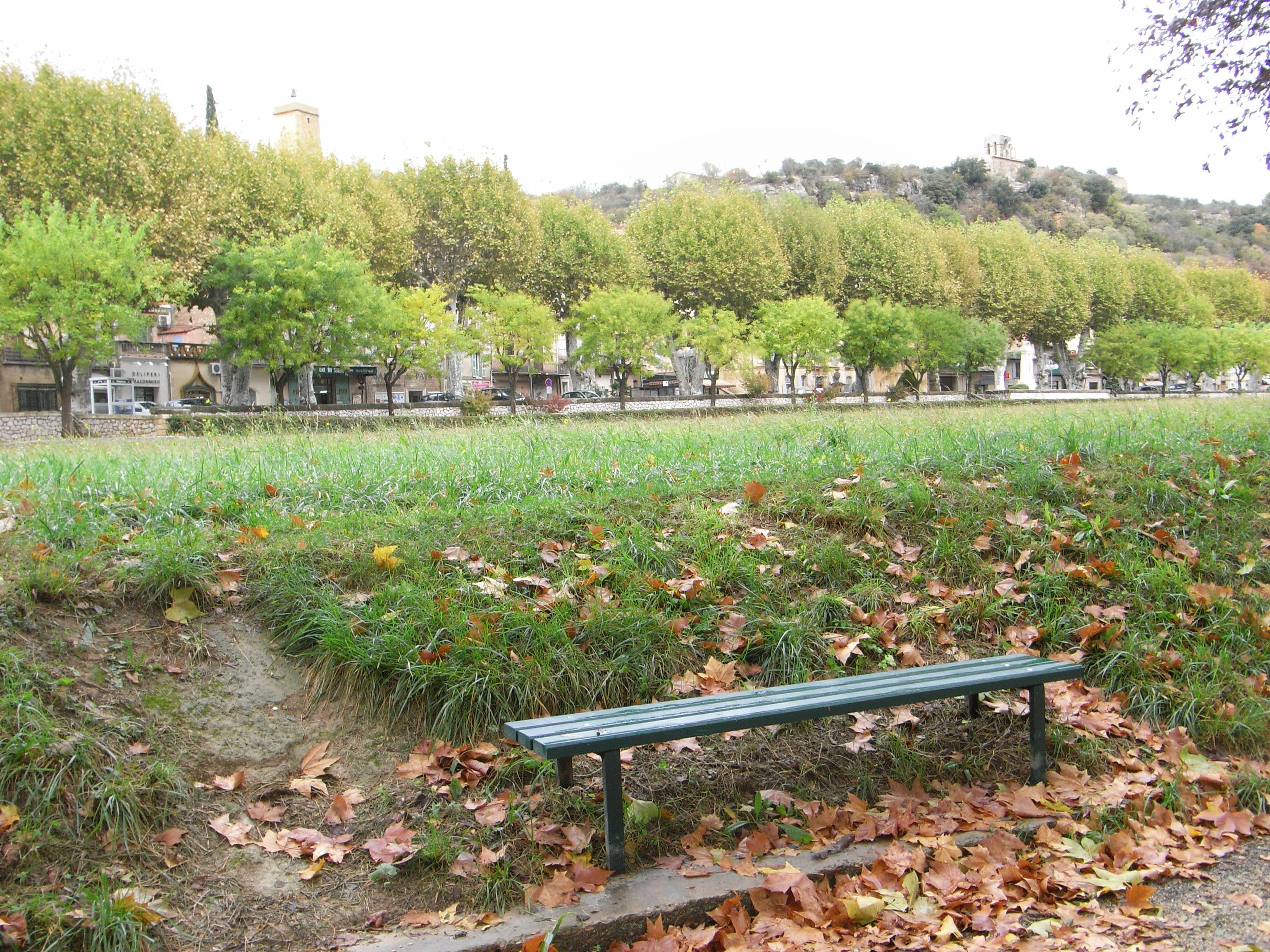 Jouques (village)