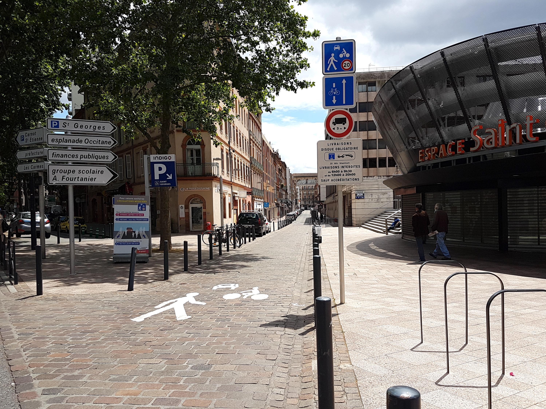 Toulouse-Entrée Zone de Rencontre