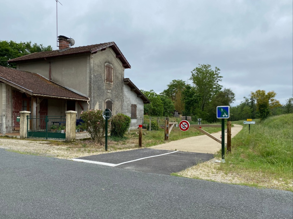 Ancienne maison garde PN