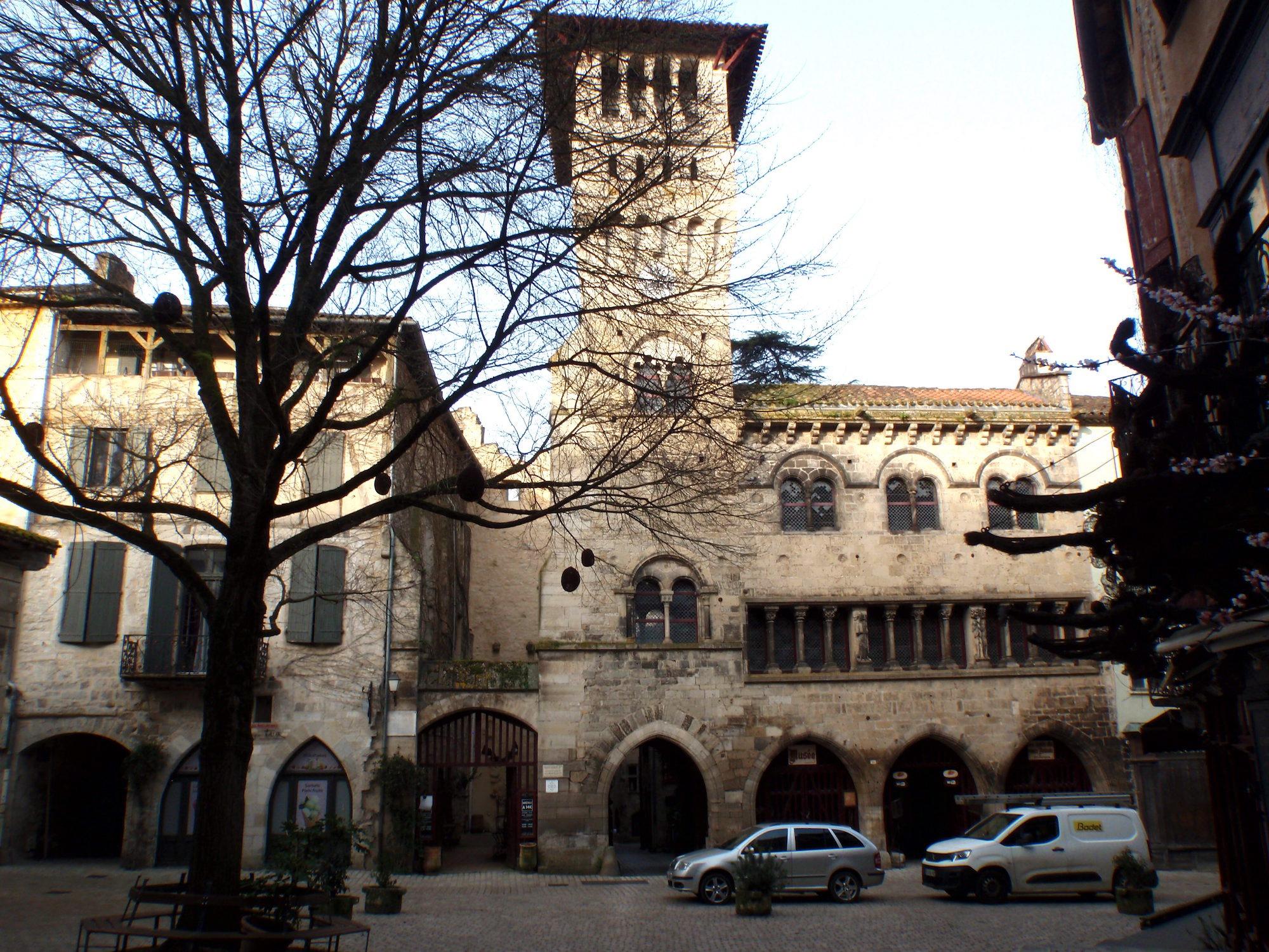 St-Antonin-Le Beffroi