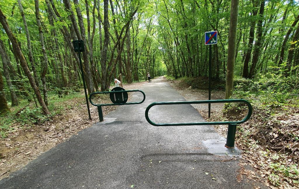 fin de voie verte avec barrières